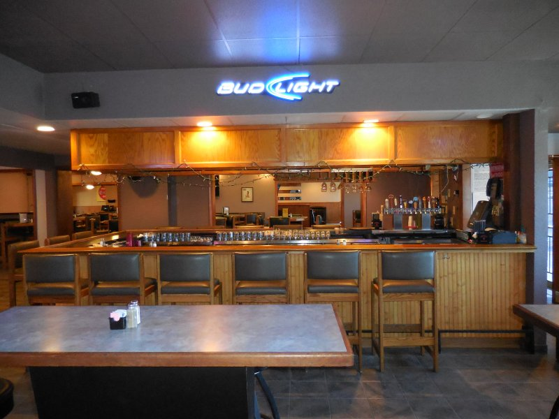 Denver Restaurant and Bar For Sale With Amazing Outdoor Space Great Rent