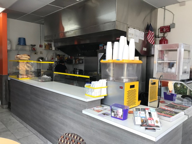 Sandwich Shop for Sale in Davie is Fully Equipped and Rent is Only $935!