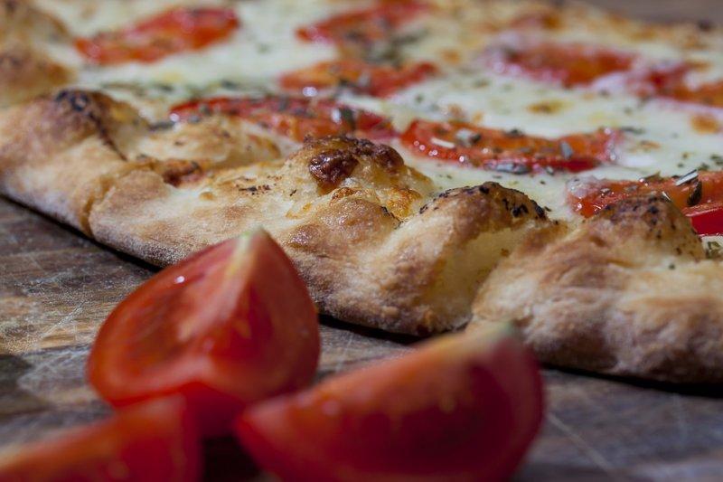 Profitable Pizza Business for Sale in Evergreen, CO - Full Liquor License!