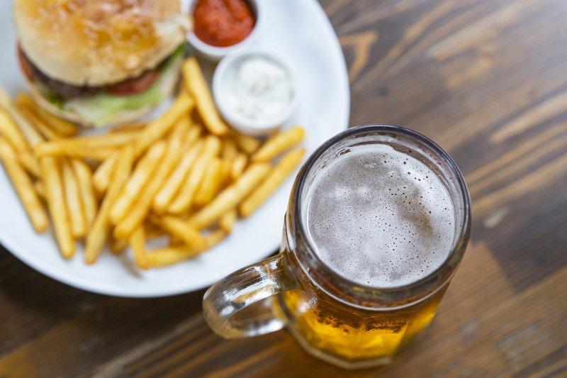 https://www.wesellrestaurants.com/public/uploads/images/34783-burger-4683387_1280.jpg