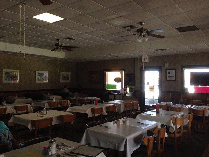 Family Restaurant for Sale Delray Beach -- Easy to Convert to any Concept