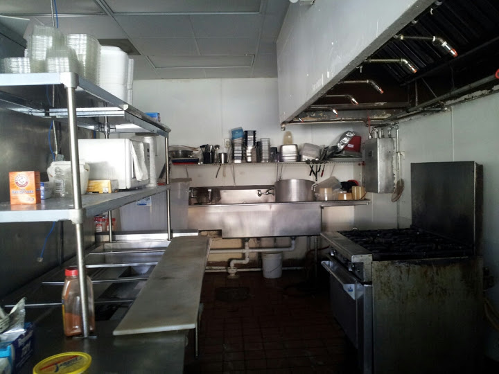 Used Restaurant Equipment in Place at this Vacant Restaurant for Rent