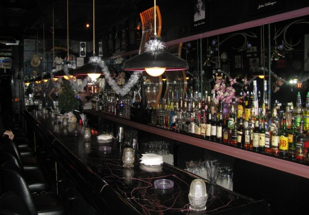 Turn-key Marietta lounge and bar for sale on busy Cobb Parkway street intersection only $25,000!