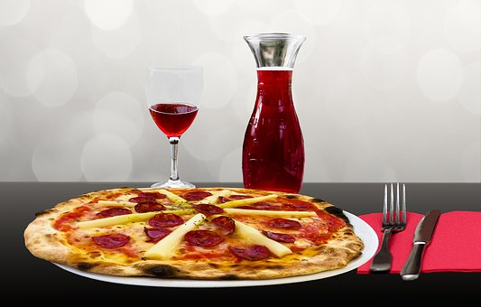Pizza Restaurant for sale with real estate - 45 Minutes East of Kansas City