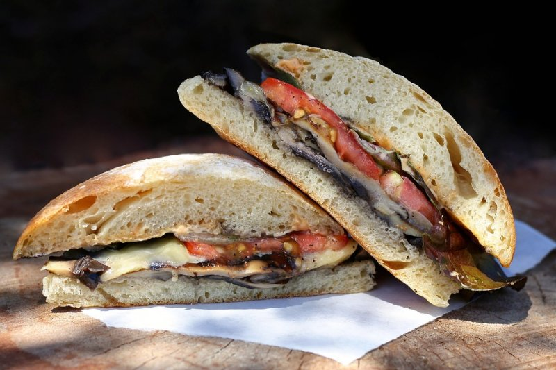 Deli and Bakery for Sale is Established and Profitable in Colorado