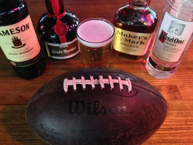 Sports Bar and Grill - Entertainment Venue for Sale in Denver Metro Area!