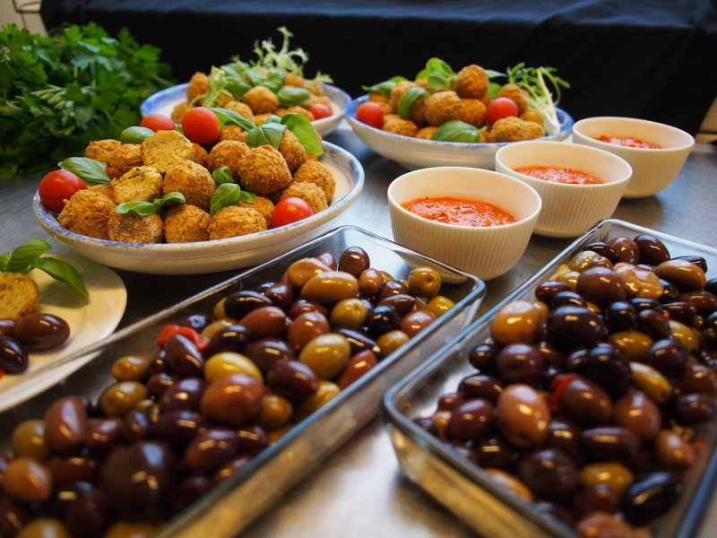 Halal Mediterranean Restaurant for Sale in Broward County – Fully Equipped