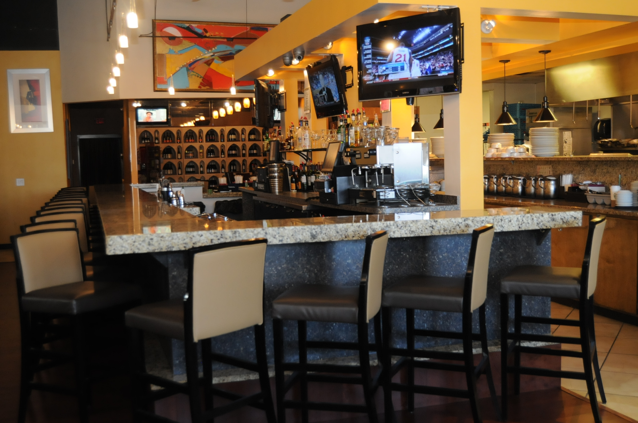 Atlanta Restaurant and Bar for sale offers Modern American Cuisine