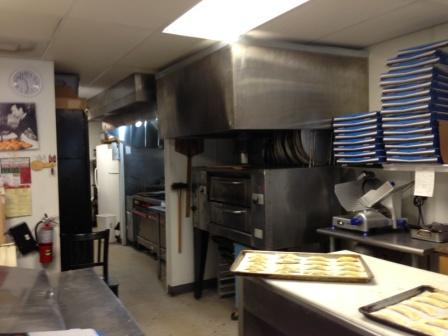 Pizza Restaurant for sale in Oakland Park - Asset Sale with Cheap Rent