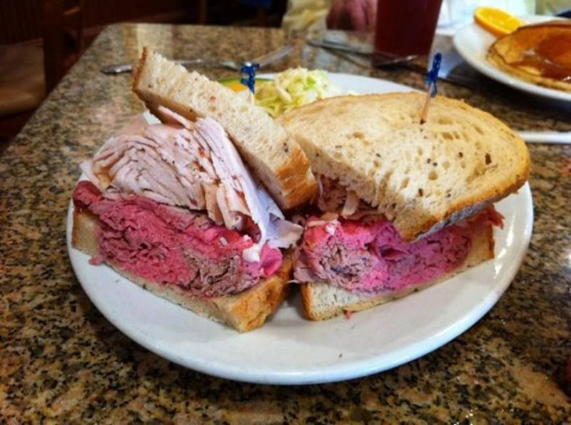 Florida Deli for Sale - Grosses  $2MM and Nets $275K to Owner