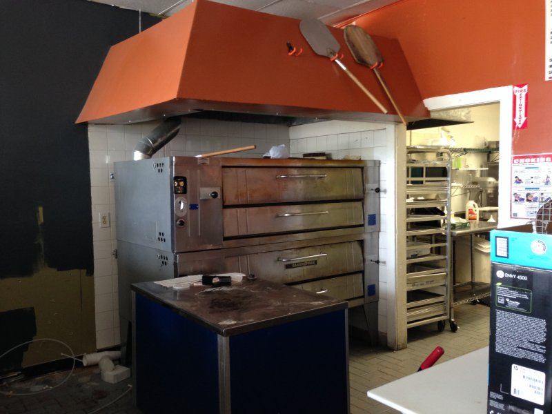 Fully Equipped Pizza Shop for Sale on University Dr. in Broward County