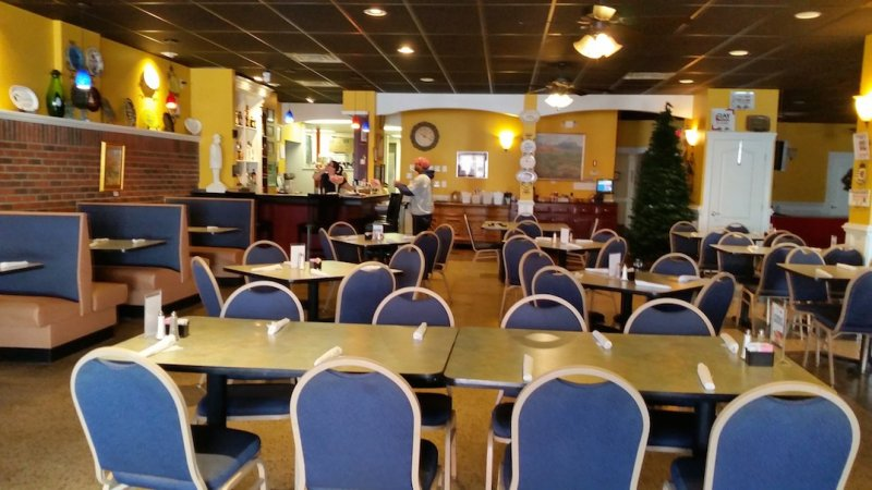 Cafe for Sale Has Been Serving Local Customers for Over a Decade