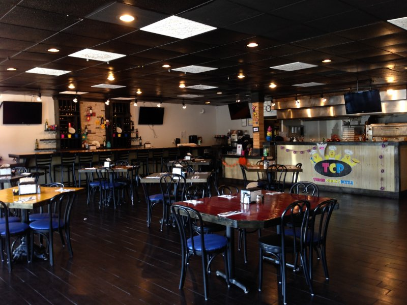 Pizza Restaurant for Sale in Coral Springs Can Convert to Any Concept