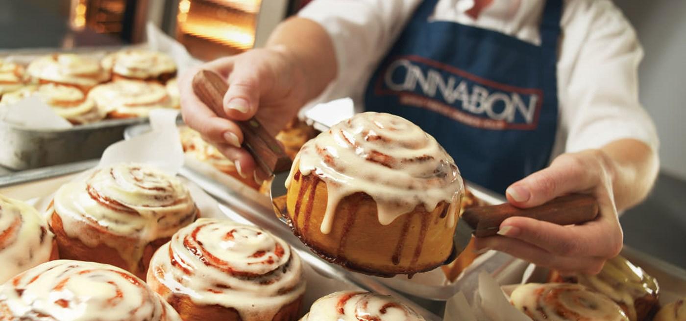 Cinnabon Franchise for Sale in HUGE Atlanta Mall - $35,000 Closing Credit