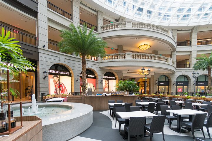 Mall-Based Franchise for Sale in Atlanta - Annual sales of Half a Million