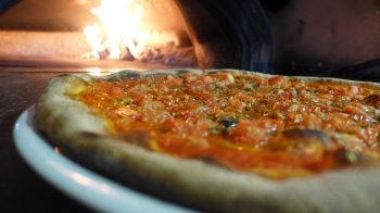 Pizzeria and Italian Restaurant for Sale in Plantation, Florida - Profitable