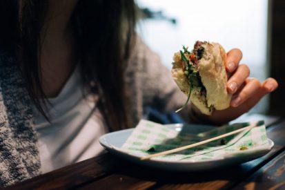 https://www.wesellrestaurants.com/public/uploads/images/_2020-04-01_10_35_argentinian-beef-steak-sandwich-4-413x275.jpg