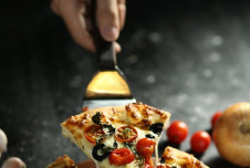 Profitable Pizza Franchise for Sale nets owner in excess of $120,000!