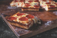 Pizza Franchise for Sale  - Over $500,000 in Revenue