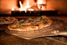 Profitable Pizza Franchise for Sale in Downtown Houston - Won't Last!