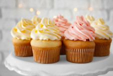 Cupcake Franchise for Sale Showing Owner Benefit of just over  $70,000
