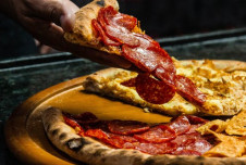 Iowa Pizza Franchise for Sale Earns 6 Figures - Approved for Lending!