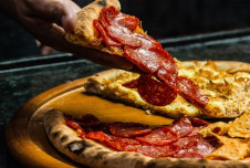 Fully Equipped Knoxville Pizzeria for Sale - Great Location!